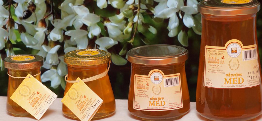 akacijev-med